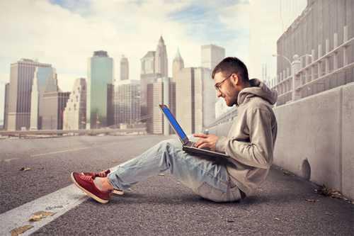 трудоголизм: кто такой трудоголик, последствия, лечение